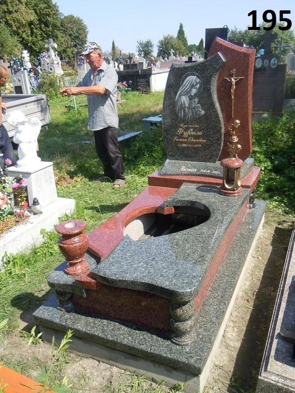 Ексклюзивний комплект пам'ятник на кладовище з граніту латунний хрест
