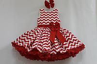 """Нарядное платье на девочку в стиле """"Стиляги"""" красно - белый зиг - заг с 2-м подьюпником"""