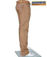 Стильные молодежные джинсы.