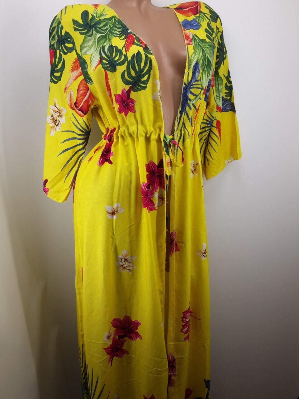 Халат пляжный желтый Цветы на наши 48-54 размеры.