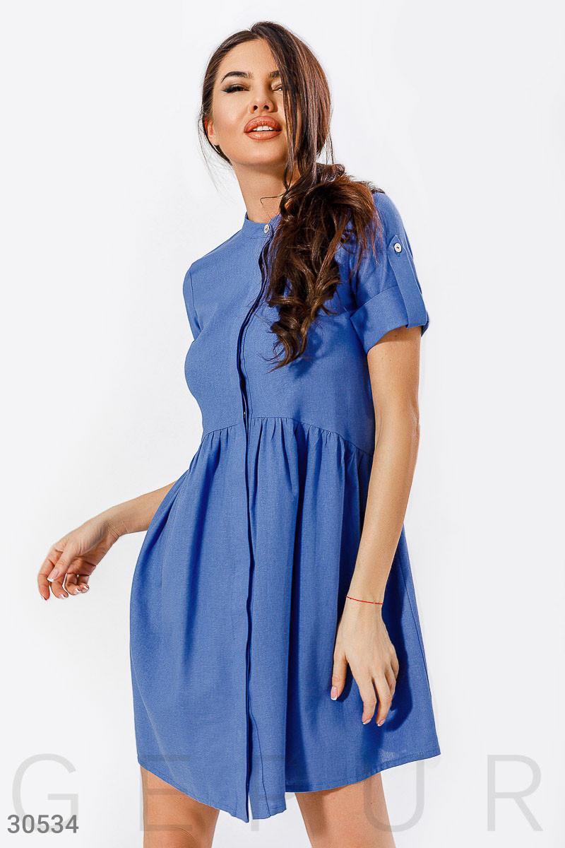 Платье рубашка длины миди с расклешенной юбкой синее