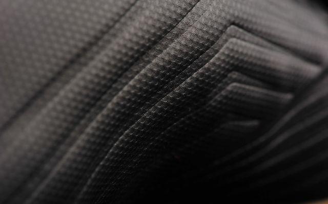 muzhskie-futzalki-adidas-0q2s21009-oiuyt1