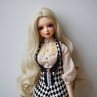 Парик для куклы, локоны холодный блонд (объем 22-24) - длина 35-38 см