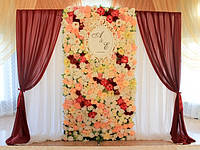 Фото зона с цветочным декором