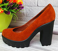 Замшевые женские рыжие туфли на платформе