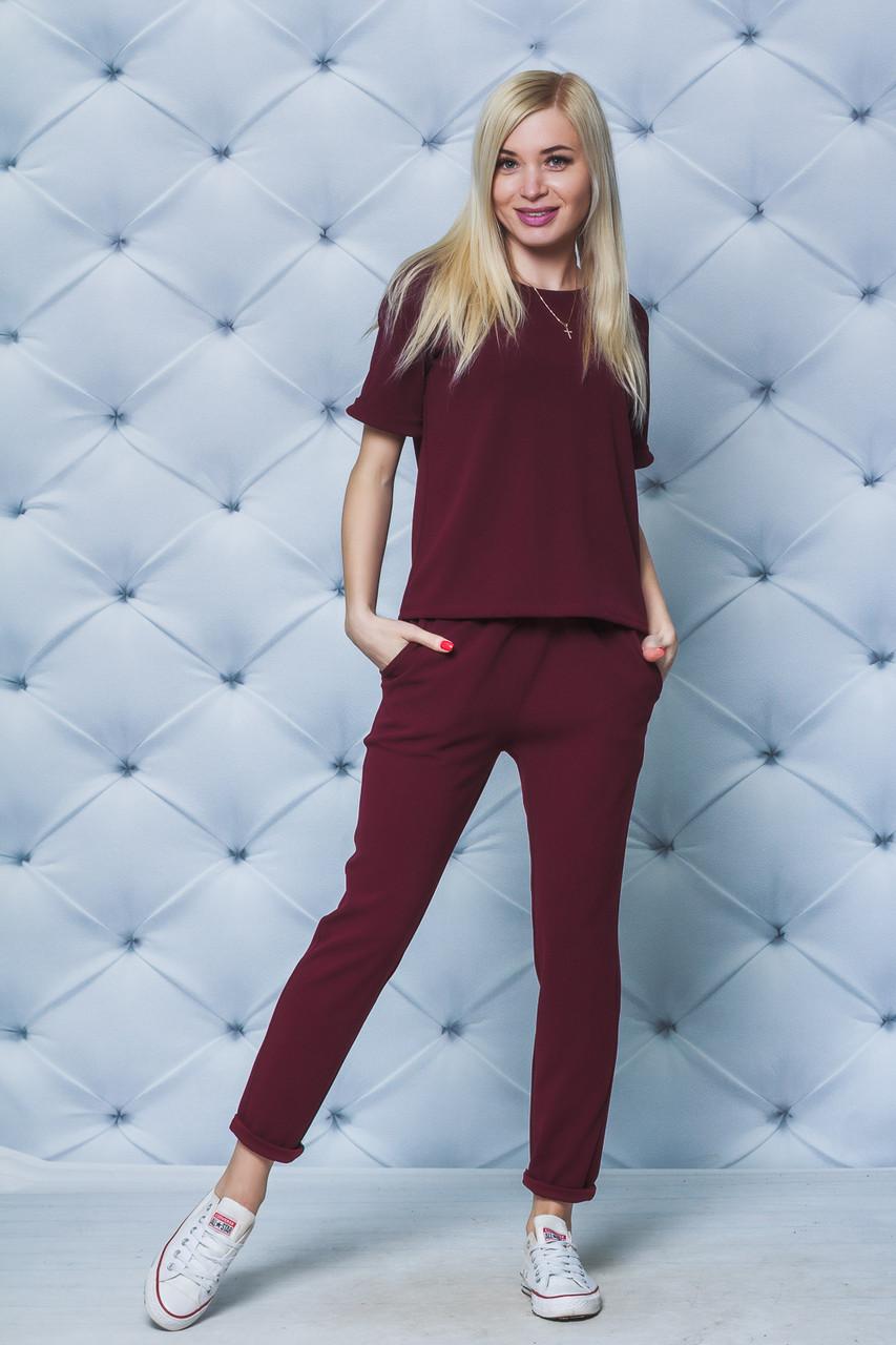 Костюм женский с брюками бордо