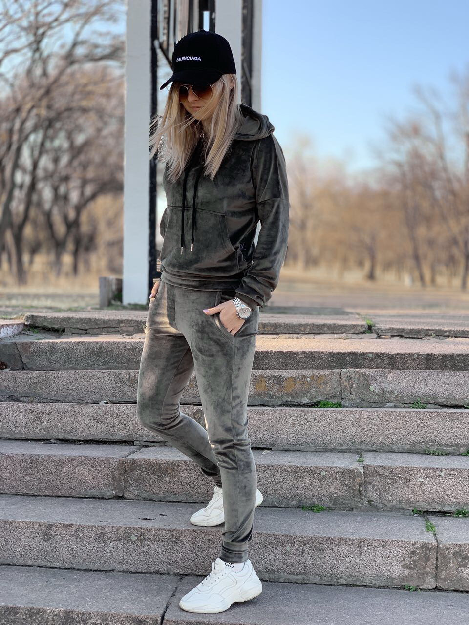 Женский спортивный костюм Doberman D2185 хаки