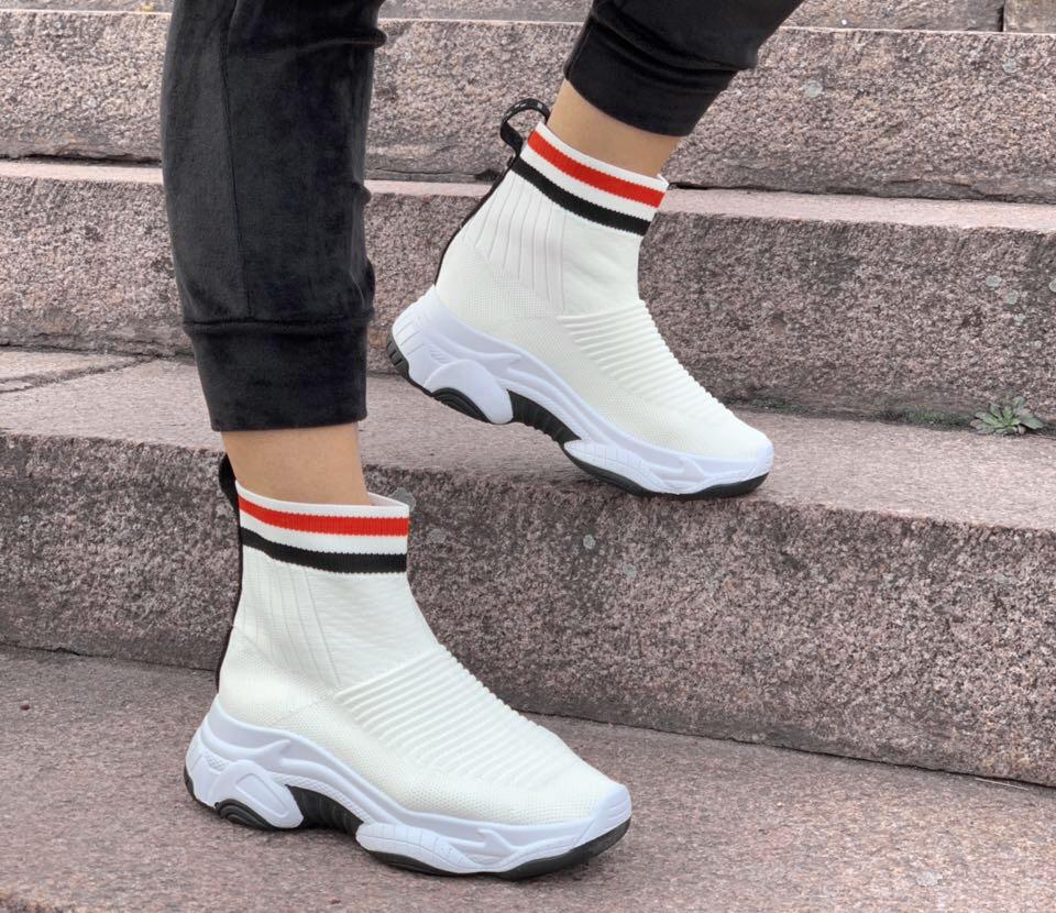 Кроссовки женские Balenciaga sox D2196 белые