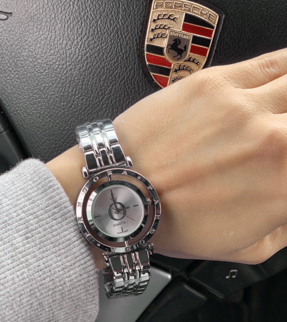 Женские часы Pandora D1989 серебристые
