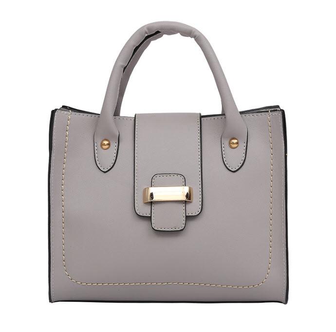 Стильная повседневная женская сумка с пряжкой