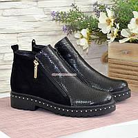 Ботинки женские замшевые демисезонные на маленьком каблуке, цвет черный, фото 1