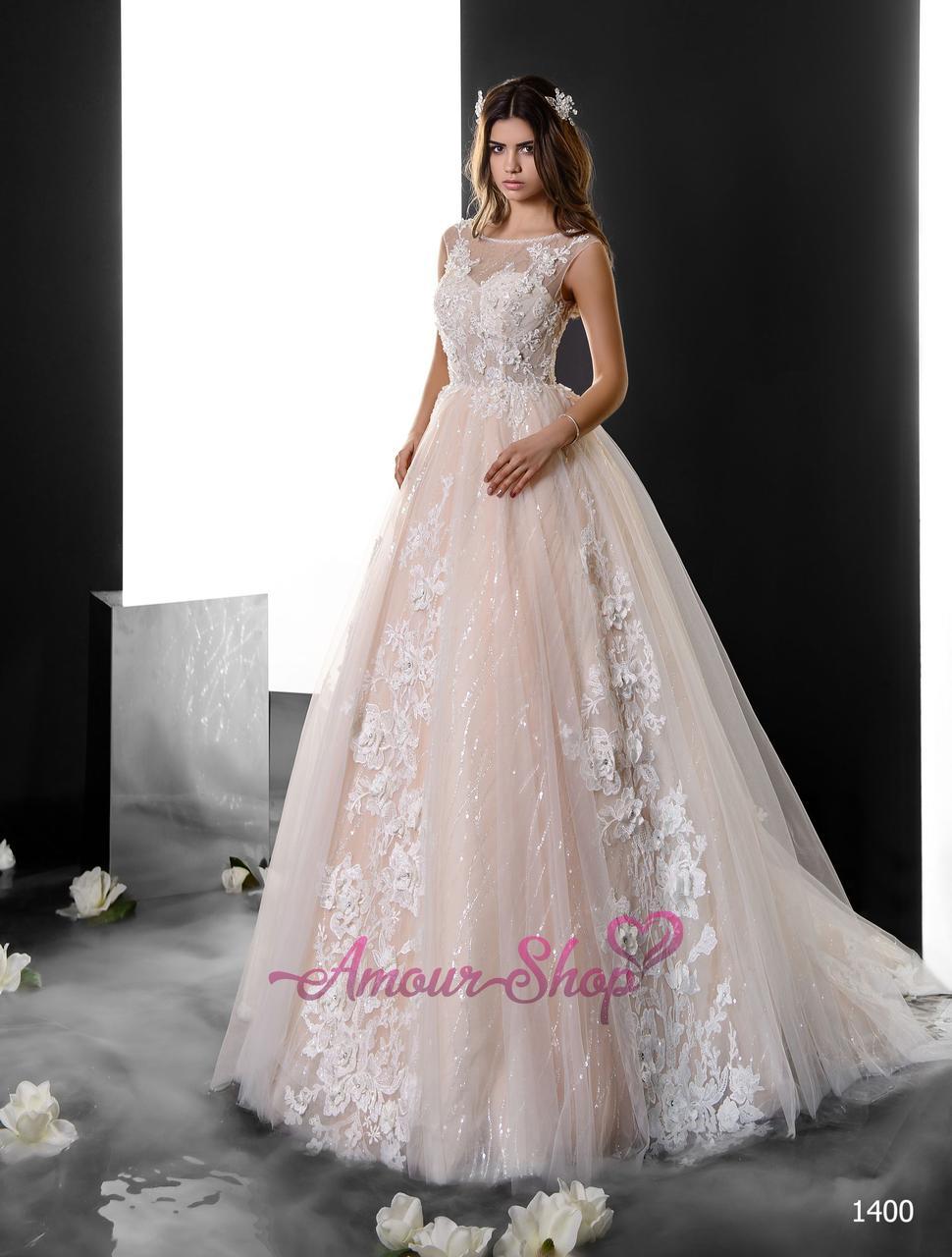 Великолепное свадебное платье с кружевом 3D