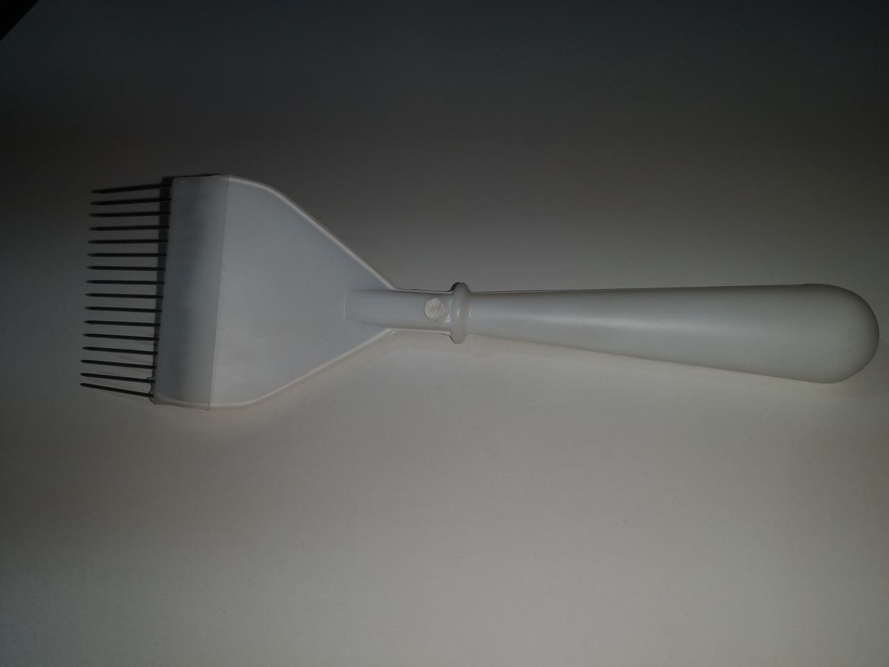 Вилка пластмассовая с прямой иглой удлиненная