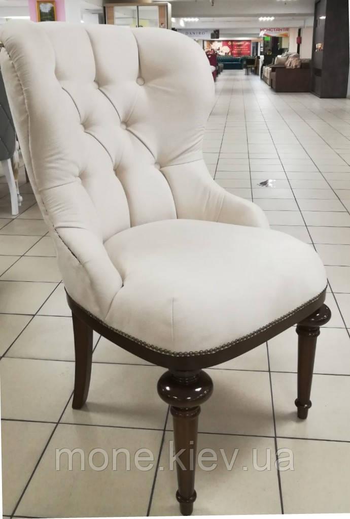 """Крісло на дерев'яних ніжках в замшевій оббивці """"Деко"""""""