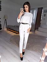 Белый костюм из укороченного свитшота и зауженных брюк VL5072 S. Размер 42.
