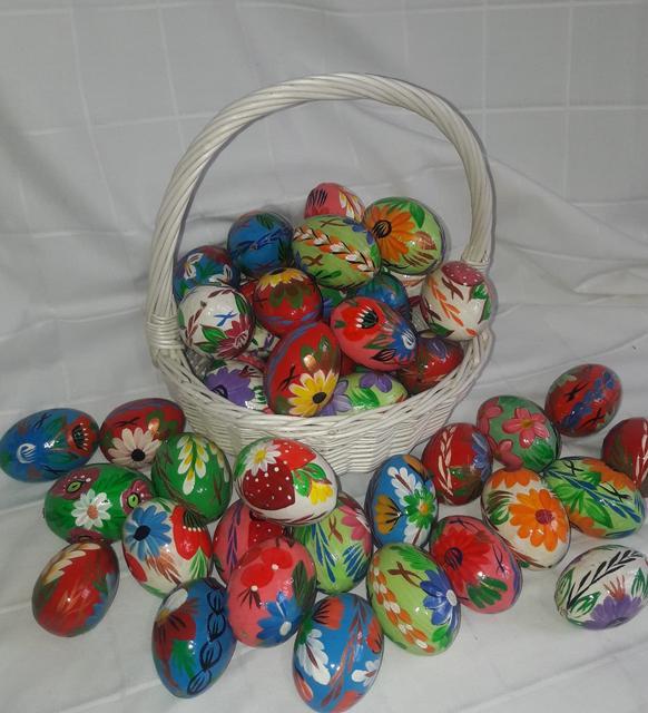 Деревянные яйца