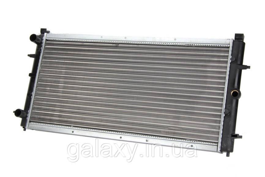 Радиатор охлаждения двигателя VW T4 1.9 / 2.4 D / DT Фольксваген Т4 1991 - 2003