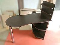 Маникюрный стол венге  с фигурной столешницей. Стол для маникюра раскладной с полками для лаков.