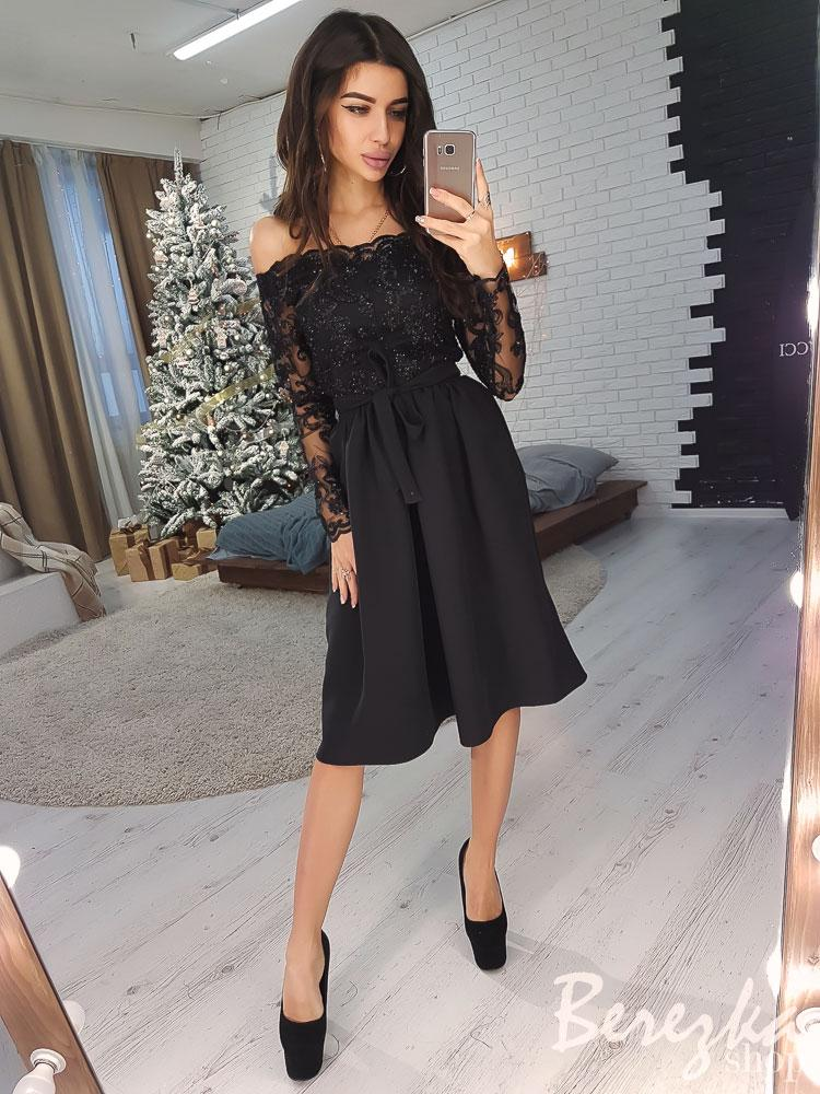 bf28b4a1d5f Элегантное приталенное платье с кружевом черного цвета - TIGER в Киеве