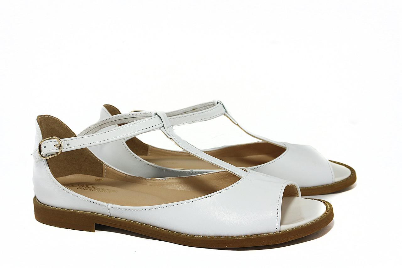 Женские босоножки кожаные,белые V 922