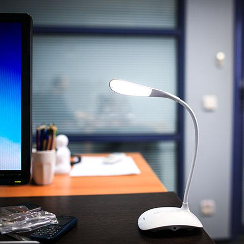 Светодиодная настольная лампа Remax Milk Series