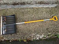 Лопата для уборки снега Fiskars ( облегченный ) (143001), фото 1