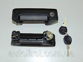 AXI 701843704B Ручка боковых дверей наружная VW T-4