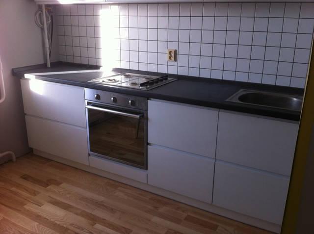 Кухня в стиле модерн, белый глянец 53
