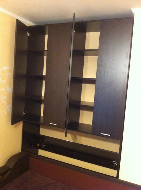 Навесной шкаф в спальню 41