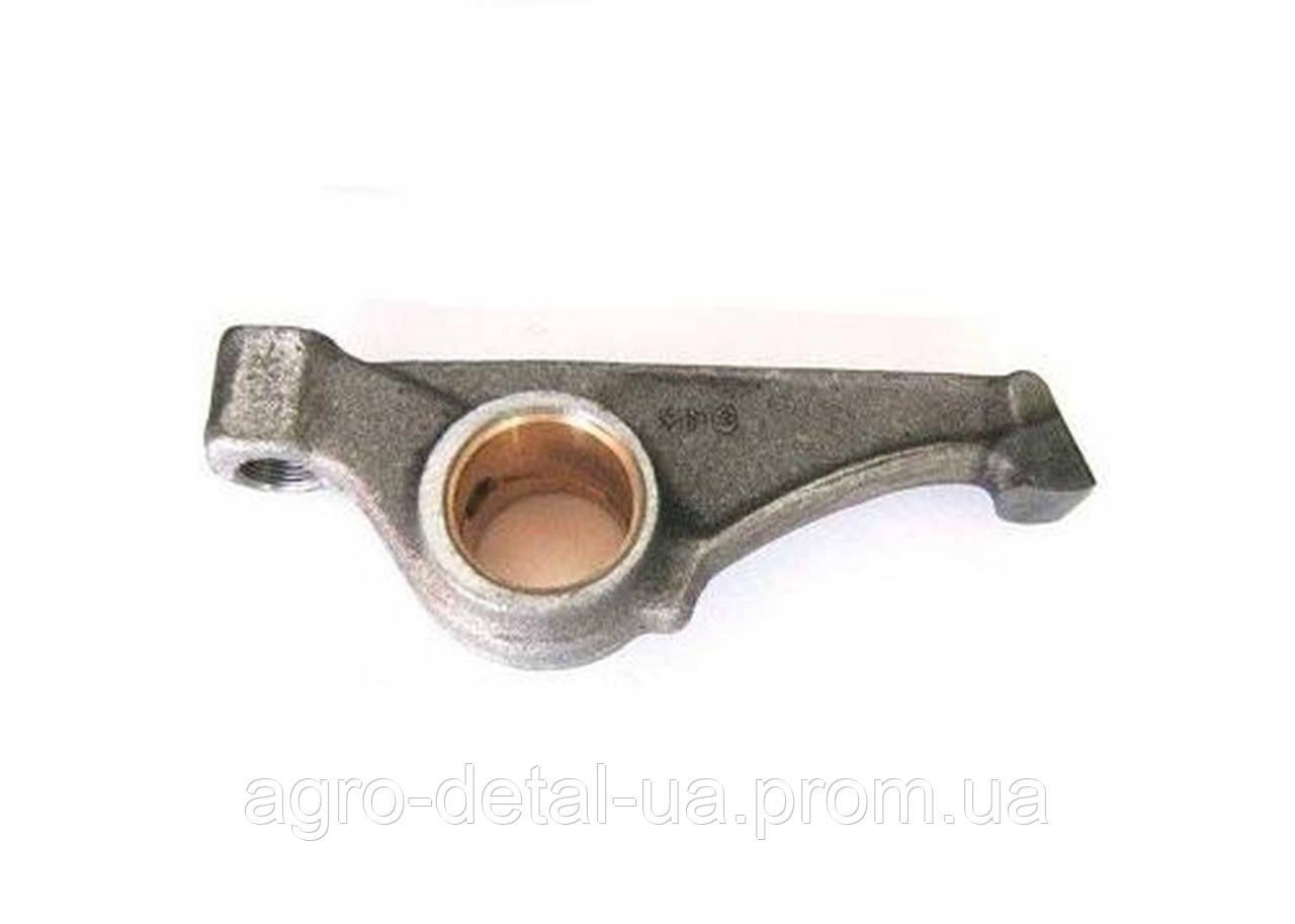 Коромысло клапана 36-1007116 газораспределительного механизма двигателя Д 65 трактора ЮМЗ
