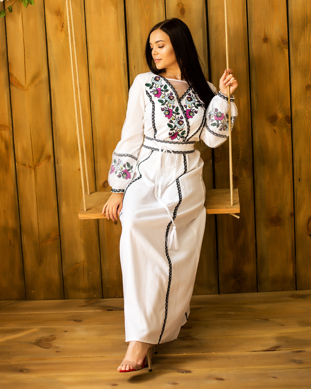 Длинное белое платье вышиванка Мавка