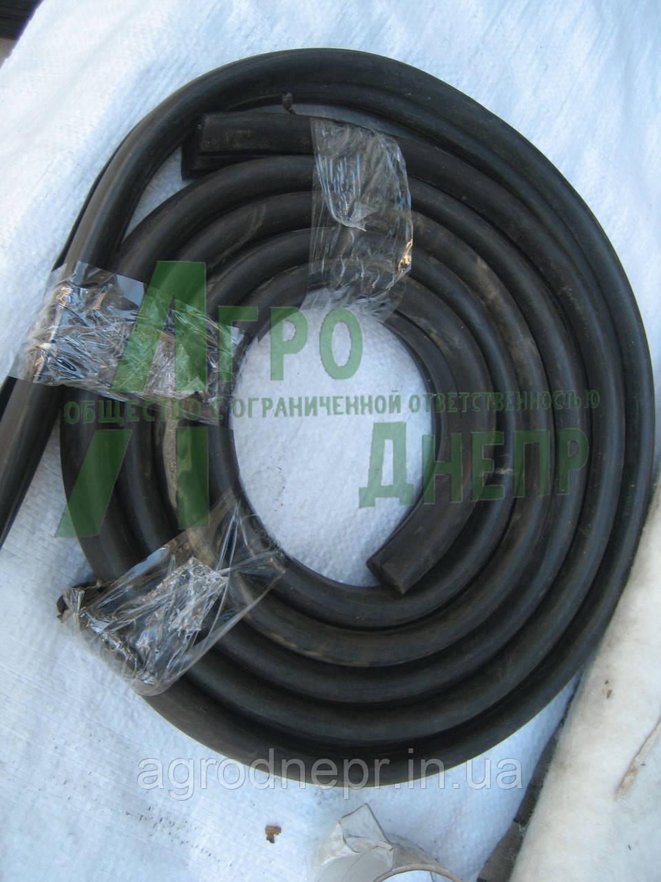 Уплотнитель стекла лобового ЮМЗ 45Т-6700011