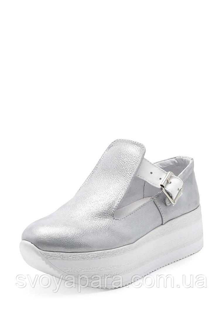 Туфли криперсы женские серебряного цвета из натуральной кожи на платформе