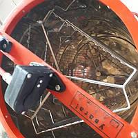 Медогонка 3-х рам, Не поворотная, бак с нержавеющей стали (кассеты сварные - порошкового покрытия)