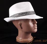 Шляпа с небольшими полями, белая гламурная