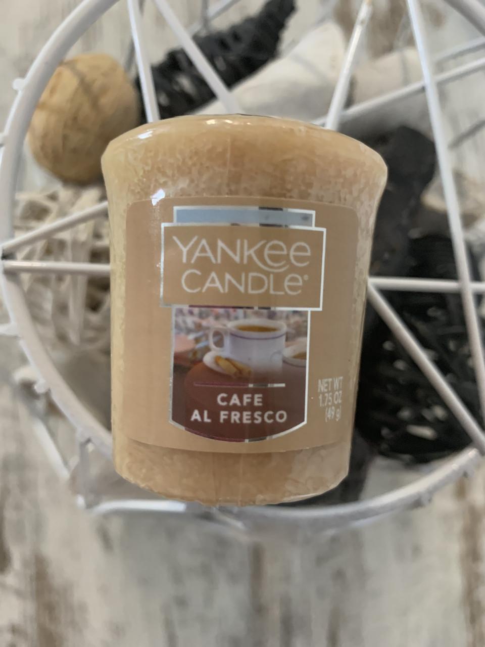 """Свеча ароматическая """"Теплый кофе"""" Yankee Candle"""