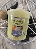 """Свеча """"Сочный цитрус и морская соль"""" Yankee Candle"""