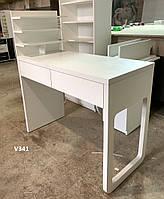 Столик для маникюра, стационарный, с полкой для лаков и фигурной боковой панелью. Модель V341 белый, фото 1
