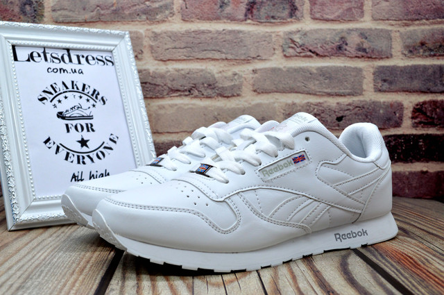 Рибок классик белые мужские кроссовки