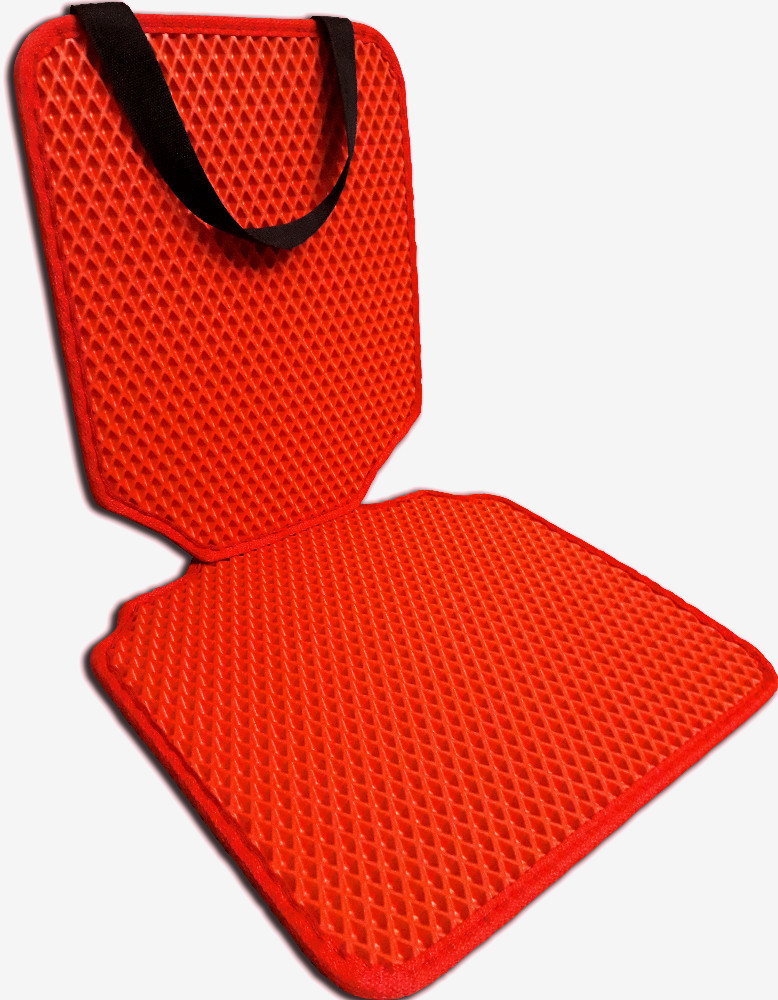 Защитный коврик под детское автокресло. Цвет красный. Детские автокресла, аксессуары