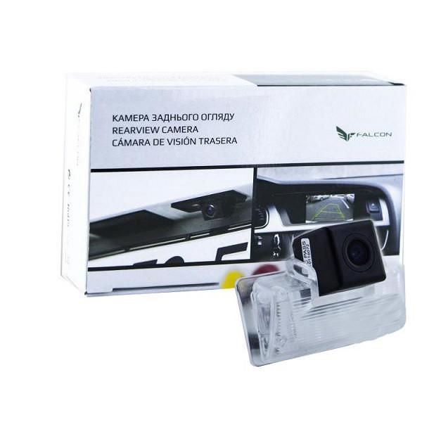 Штатная камера заднего вида Falcon SC23-SCCD. Nissan Almera 2012+/Maxima VII 2008+/Teana 2003-2008