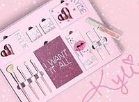 Подарочный набор декоративной косметики Kylie розовый