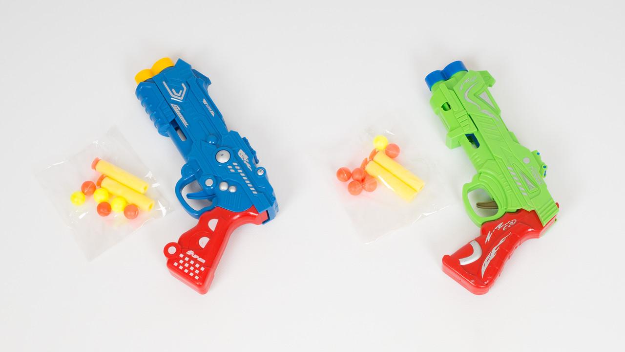 Пистолет с 2 мягкими пулями-присосками и 6 шариками. 6 видов