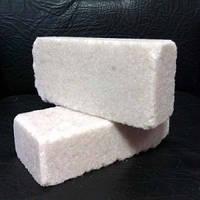 Соль брикетированная кормовая (лизунец)