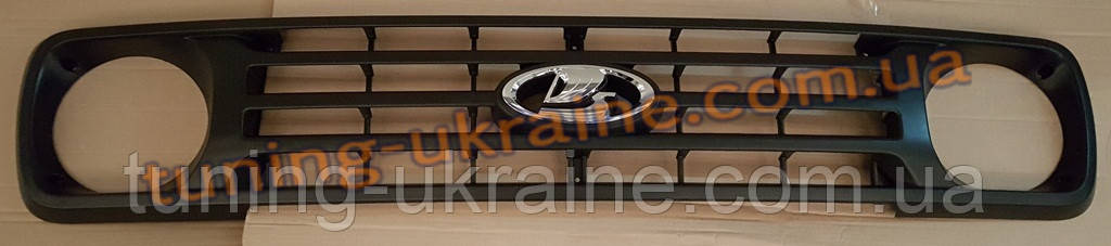 Решетка радиатора на Ваз 2121нива урбан Niva Urban 2013+