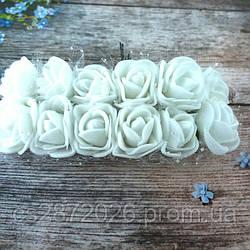 Розы из фоамирана с фатином .Цвет-белый,диаметр 20 мм.(цена за пучок 12 шт)