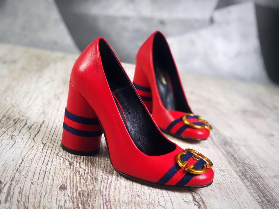 Кожаные туфли на устойчивом каблуке 36,37,38 р красный