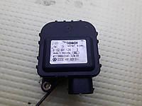 Моторчик сервопривод привод заслонки отопителя печки ауди а6 с5 audi a6 c5 4b1820511, фото 1