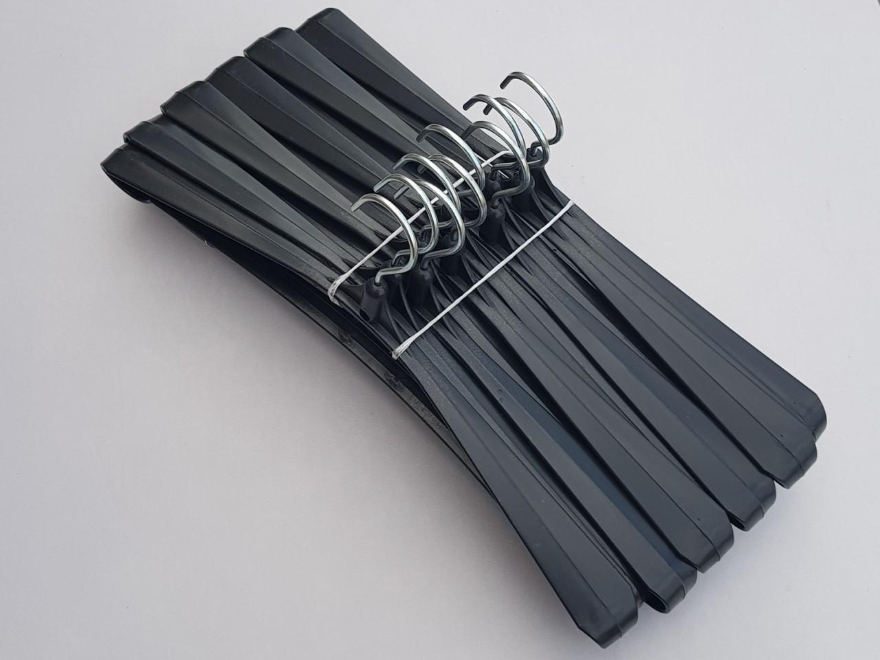 Длина 42,5 см. Плечики вешалки пластмассовые Гем-4 черного цвета, 10 штук в упаковке