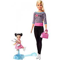 Барби тренер по фигурному катанию Barbie Ice-Skating Coach & Student Doll with Turning Mechanism